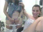 Vadias gatinhas na webcam se mostrando e masturbando