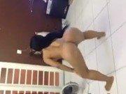 Xxx de novinha passando tempo dançando nua em casa