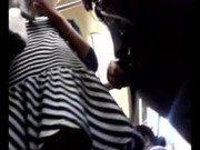 Xxx de safada paulistana sendo filmada por baixo da saia