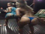 Xvideo de bundudas fazendo festinha em casa de praia
