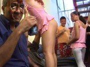 Vadias brasileiras participam de festinha porno em casa