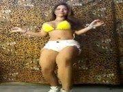 Xxx da Paloma dançando de shortinho curto