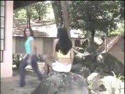 Pornhub de adolescente liberando o rabinho no matagal