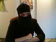 Árabe virgem adorando a primeira foda na webcam