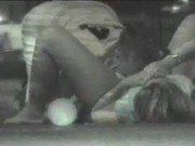 Casal de mendigo fazendo porno no meio da rua