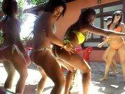 Xvideo de ninfetas dançando de biquini
