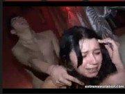 Vídeo com cenas de novinhas virgens liberando aos safados