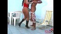 Safado pega sobrinha gostosa e faz sexo intenso