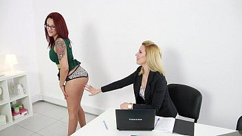 Susana Melo e brasileira amiga em porno grupal
