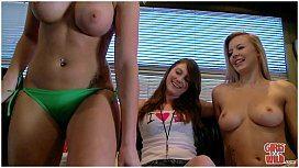 Garotas peitudinhas nuas em webcam se apertando gostoso