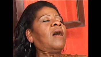 Coroa brasileira mulata em vídeo de foda nacional