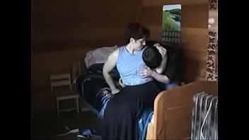 Mãe transando com o filho novinho